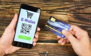 portfel elektroniczny i karta płatnicza
